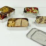 Roestvrijstalen brooddozen bij GreenPicnic voor het meenemen van salades en boterhammen