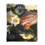 Detail Lady Rose tafellaken van Imbarro, kleed met romantische opdruk
