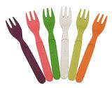 Rainbow gekleurde vorkjes van bamboe