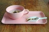Zuperzozial roze bamboe soepkom en dienblad