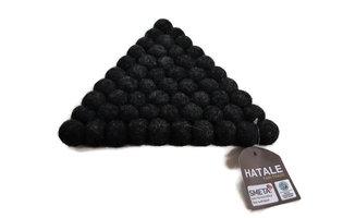 FairTrade vilten onderzetter van Hatale, driehoek 21cm zwart