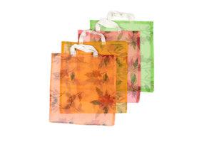 FairTrade Tas van gerecycled muskietnet bloemen