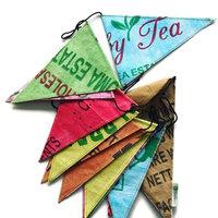 Superwaste Par Tea Flag, vlaggenlijn van gerecyclede theezakken