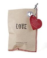 Fairtrade zeepje 'Love' van Kanika, jasmijngeur
