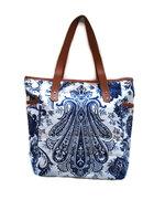 Sjaal met verhaal Fairtrade shopper wit blauw Paisley