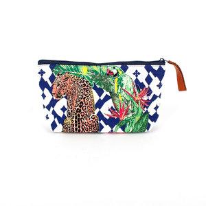 Sjaal met Verhaal Luipaard make-up tas verkrijgbaar bij GreenPicnic