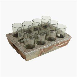 Dienblad voor glazen van gerecycled materiaal