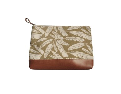 Fairtrade pouch, make-up tasje creme feathers
