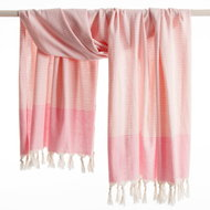 Mocco Traveler11 hamamdoek roze-wit gestreept GreenPicnic